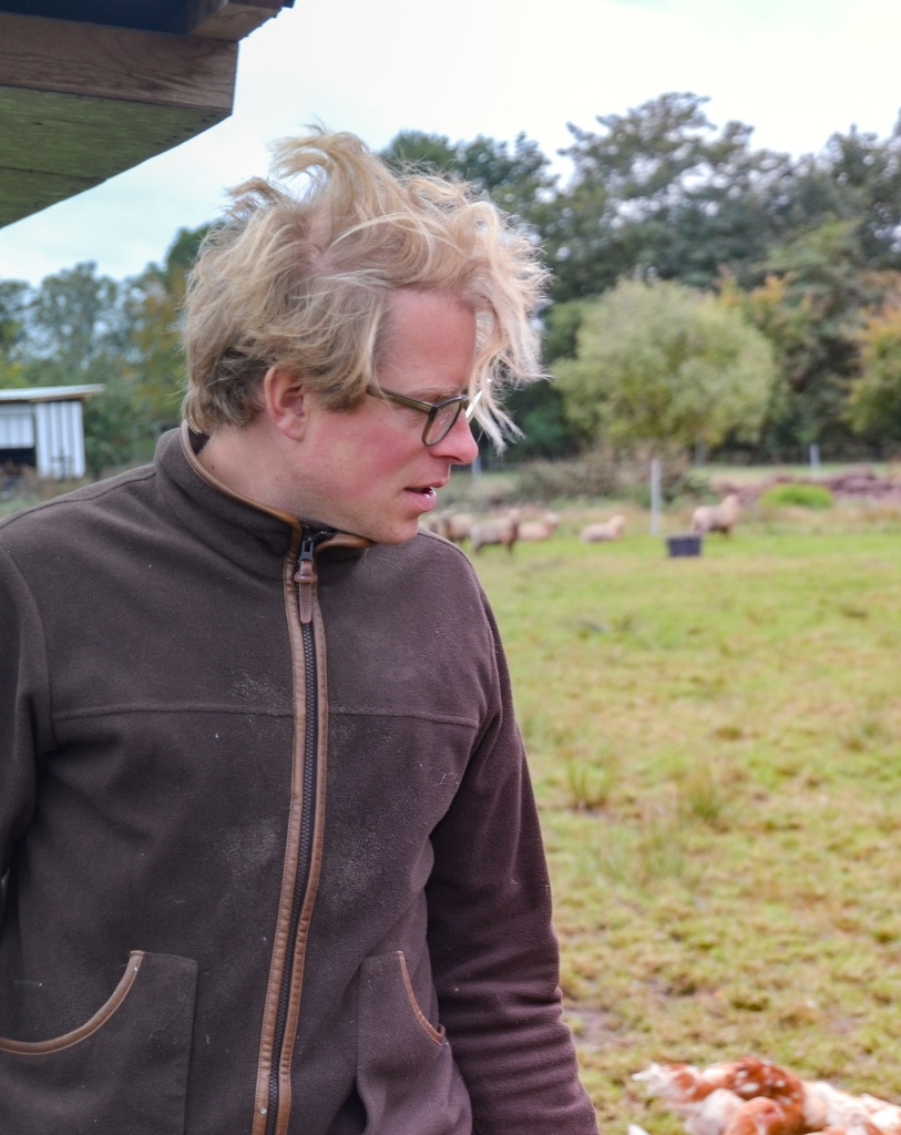 Lars Oderfey bei der Arbeit. Mit kochen ist Emotion und Rudi Mehlgarten als Fotograph unterwegs .